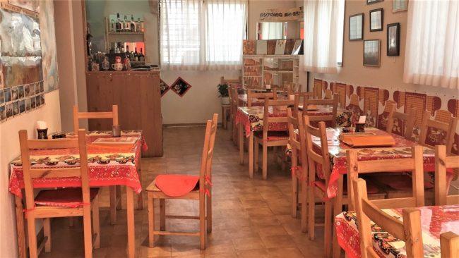 ロシア家庭料理「ターニャ」の店内