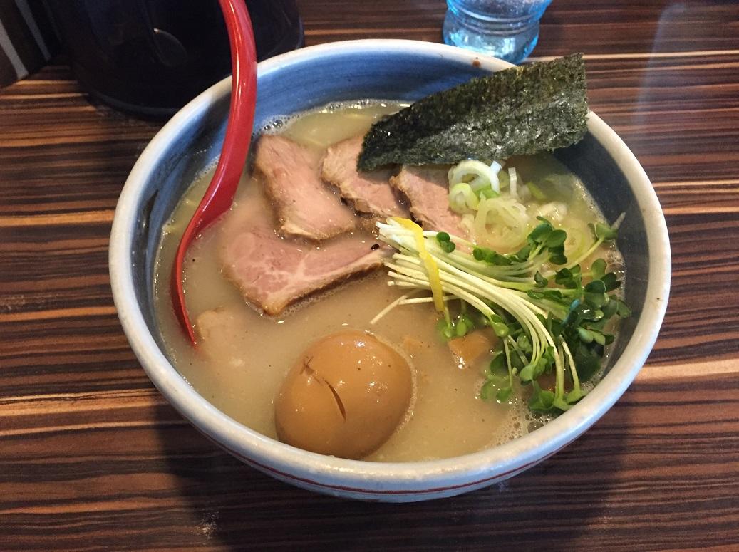 【中華そば:拉麺】見沼区大和田駅近くの 『中華そば 蛍』に行ってきました。