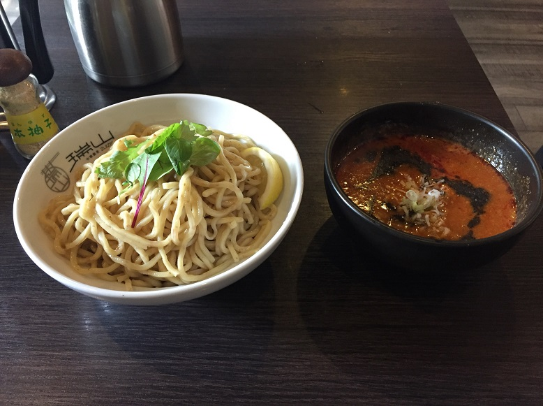 黒坦々つけ麺