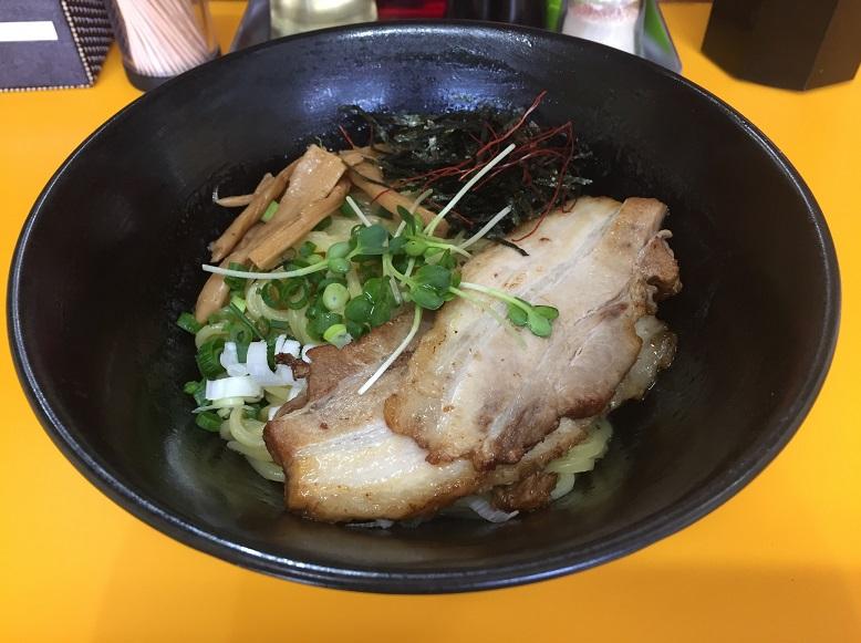 【外食スポット:油そば】狭山市のイケメン店主が作る『大友食堂』の油そばを食して来ました!