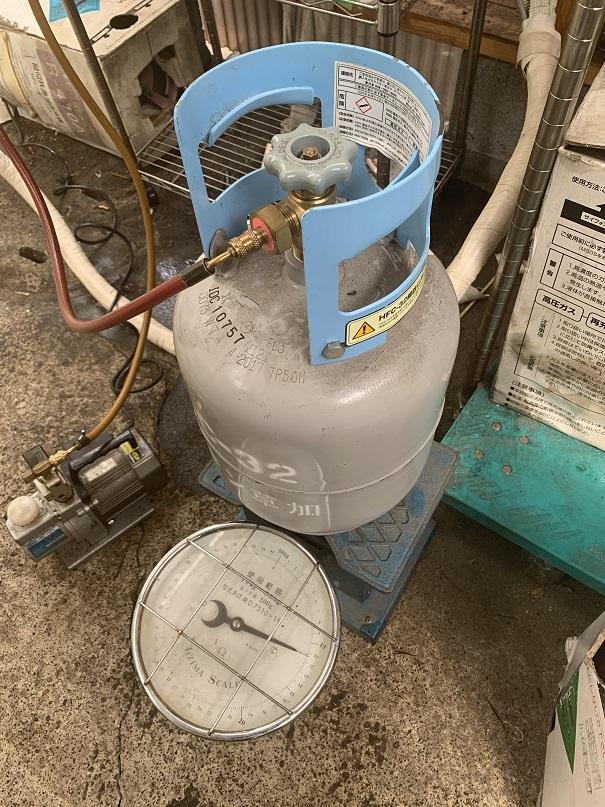 室内エアコンのガス補充と真空引きの方法(動画有)